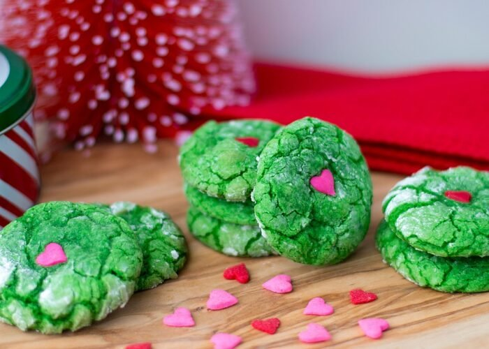 Crinkle Grinch Cookies