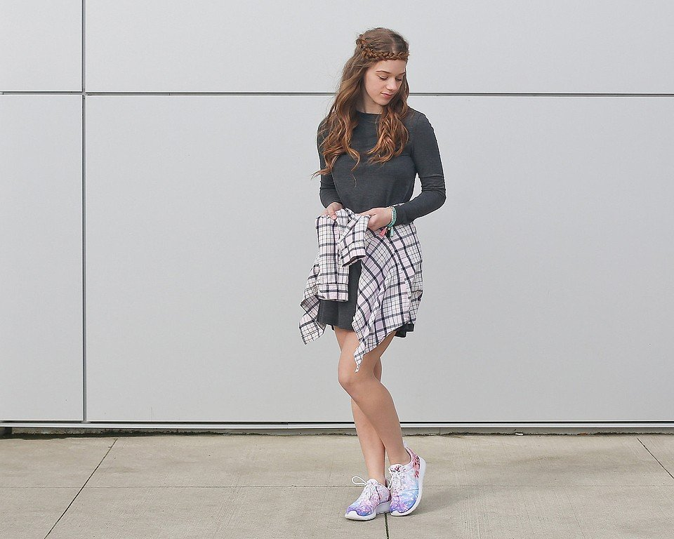Casual Dress and Nike Cherry Blossom Roshe