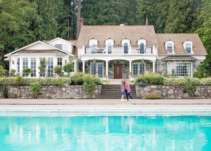 Rowena's Inn on the River Pretty Estate Resort