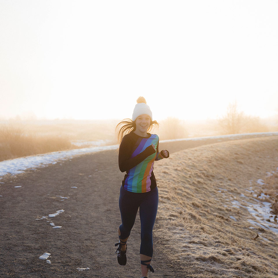 Blogger Bella Bucchiotti of xoxoBella is running in Free People workout wear at Pitt River, BC at sunrise. Photos by Ben Prescott.