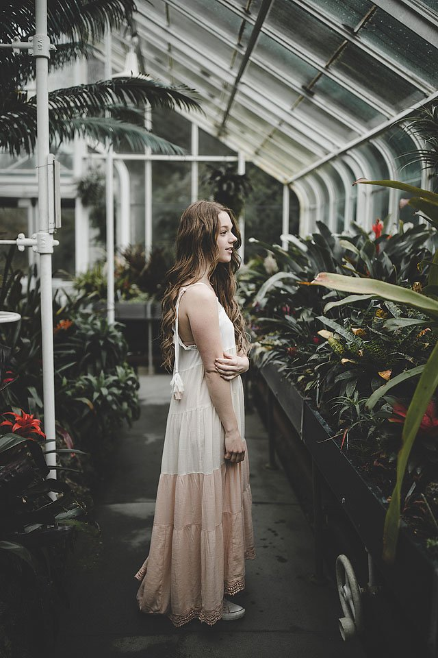 Fashion blogger, Bella Bucchiotti of xoxoBella shares a perfect tiered maxi dress that you will love for spring. Photos in Seattle by Samuel Elkins.
