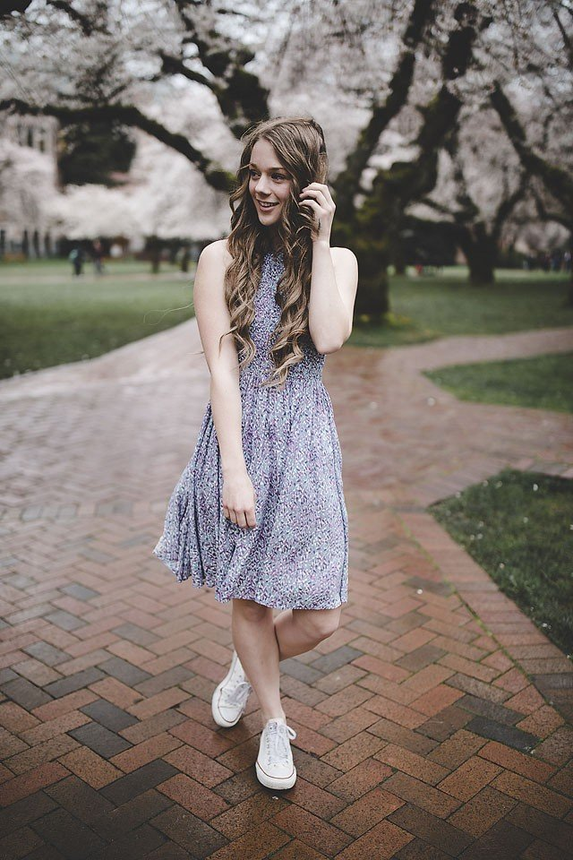 Fashion blogger, Bella Bucchiotti of xoxoBella shares a floral spring dress with smocking from Urban Outfitters. Photos by Samuel Elkins.