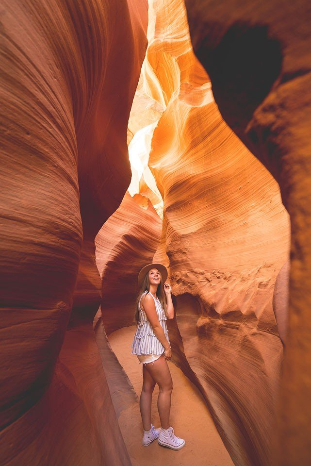 Blogger Bella Bucchiotti of xoxoBella.com shares a trip to Arizona, Nevada and Utah. She visits Horseshoe Bend, Antelope Canyon and Bryce Canyon and also goes on a doors off helicopter ride in Las Vegas.