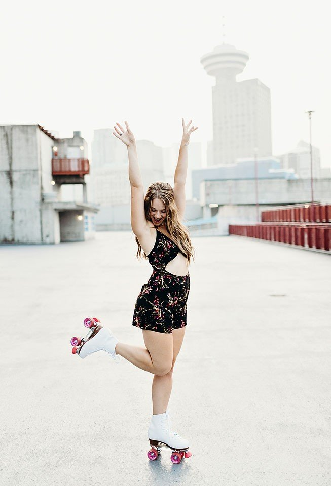 Fashion blogger, Bella Bucchiotti of xoxoBella shares a romper with roller skates that is a great price and perfect for summer.