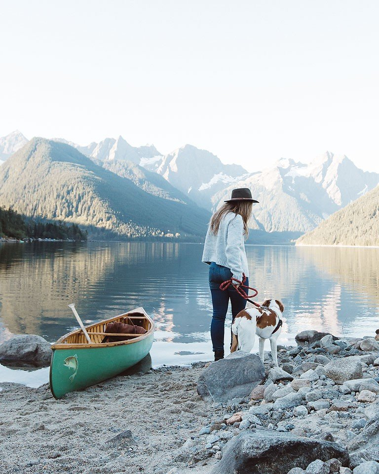 Blogger Bella Bucchiotti of xoxoBella.com shares photos with Beau her Brittany Spaniel in a canoe at Jones Lake, BC.
