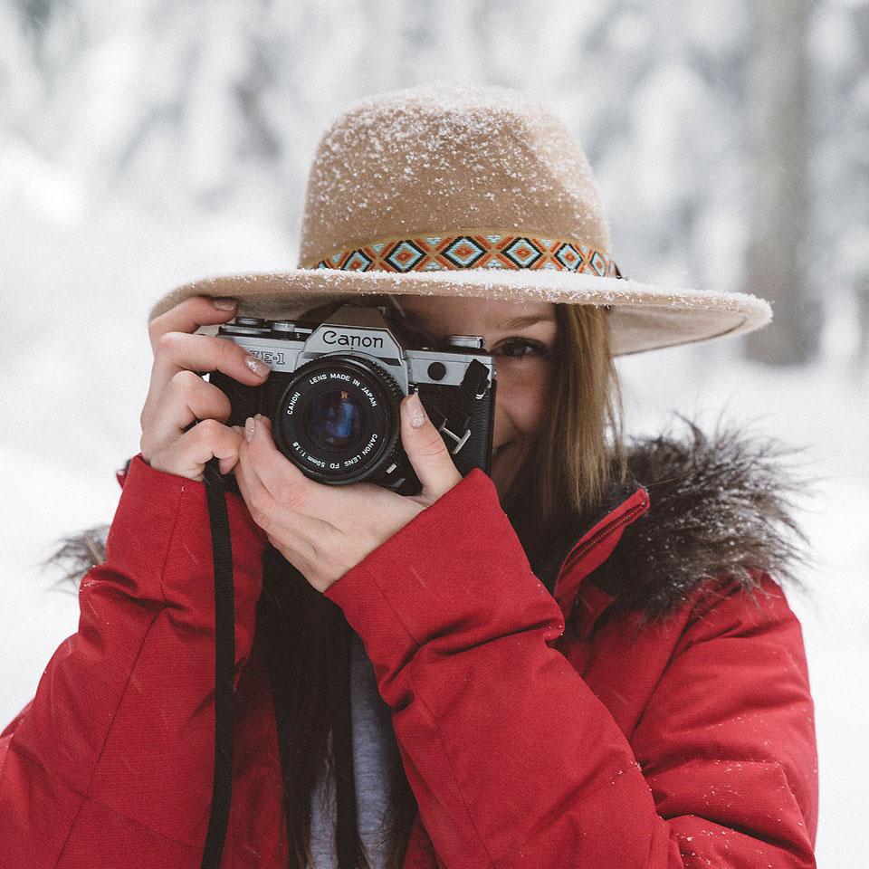 Blogger Bella Bucchiotti of xoxoBella.com shares some winter essentials finds from Amazon.ca
