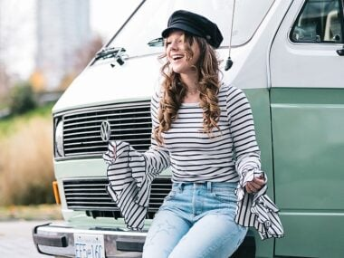 Blogger Bella Bucchiotti of xoxoBella.com shares her striped bell sleeve top and star jeans from lulus.