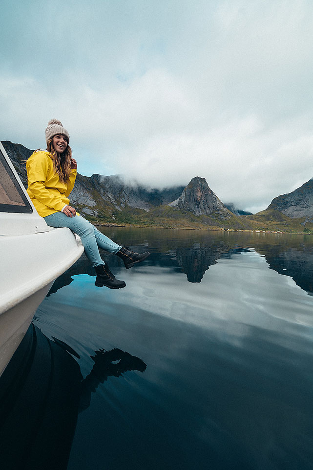 Travel blogger, Bella Bucchiotti of xoxoBella shares photos to inspire a trip to Norway. The Lofoten Islands and the Norway northern lights are why Norway for tourists is an ideal destination.