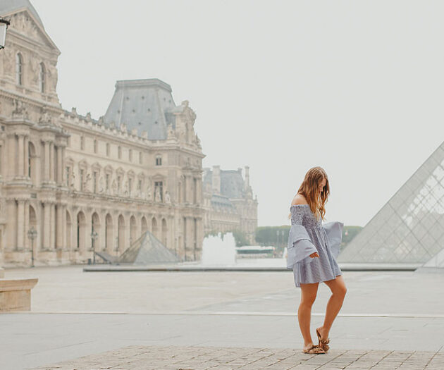 Blogger Bella Bucchiotti of xoxoBella.com shares her trip to Paris France and also shares her fun vlog.