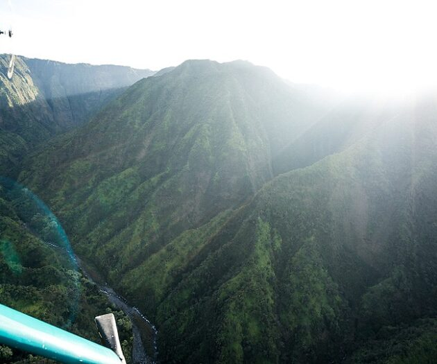Travel blogger, Bella Bucchiotti of xoxoBella, shares her trip to Kauai which included hiking, snorkelling, a helicopter tour of the Na Pali coast and seeing so many waterfalls.
