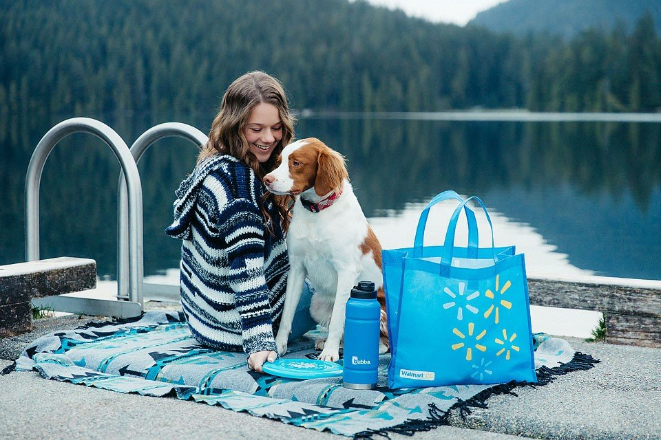 Blogger Bella Bucchiotti of xoxoBella.com shares about spending time at the lake with her dog Beau. She lover her Bubba Trailblazer water bottle to keep her water cold all day.