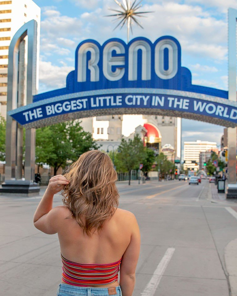 Blogger Bella Bucchiotti of xoxoBella.com shares about her trip to Northern Nevada and what to see and do while there. It includes Lake Tahoe, Reno, Carson City and Virginia City, too.
