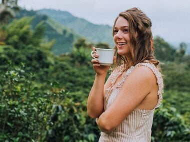 Blogger Bella Bucchiotti of xoxoBella.com shares details about her trip to Colombia with Keurig Canada. She learned about sustainable coffee sourcing and Fair Trade coffee.