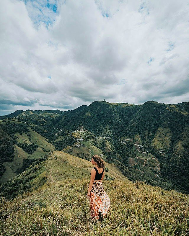 Blogger Bella Bucchiotti of xoxoBella.com shares about her visit to Puerto Rico. She went hiking, visited waterfalls and surfed. She stayed at the La Concha Resort and Hotel El Convento in Old San Juan.