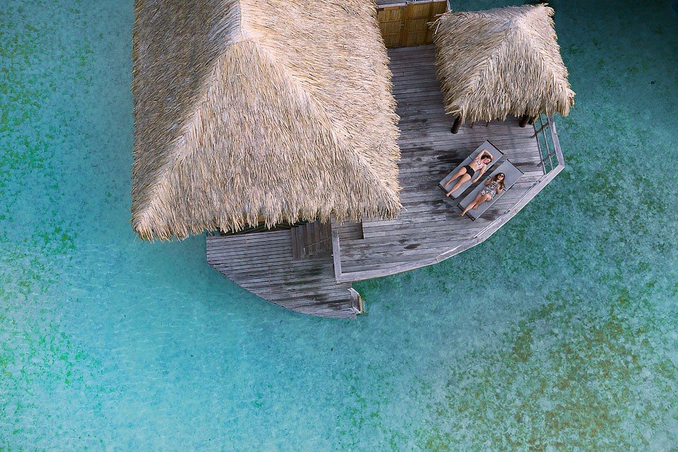 Blogger Bella Bucchiotti of xoxoBella.com shares about her visit to the Islands of Tahiti. She visited Tahiti, Bora Bora and Raiatea. She shares about where she stayed, what she ate and what she did during her stay in French Polynesia.