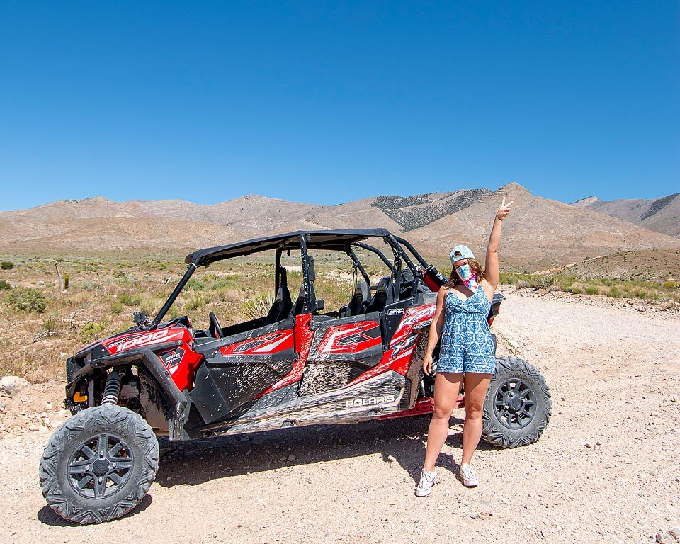 Blogger Bella Bucchiotti of xoxoBella.com shares about her visit to Southern Nevada and Las Vegas. It was full of outdoor adventures, fishing, rafting, zip lining, mountain biking and riding dune buggies.