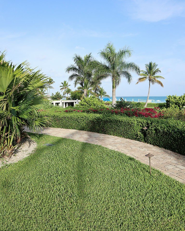 Blogger Bella Bucchiotti of xoxoBella.com shares about her trip to Turks & Caicos where she stayed at the Grace Bay Club Resort.
