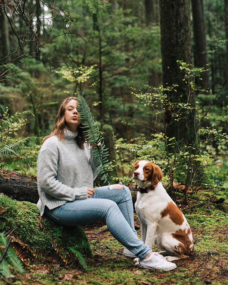 Blogger Bella Bucchiotti of xoxoBella.com shares about her brittany spaniel Beau and why she loves her dog.