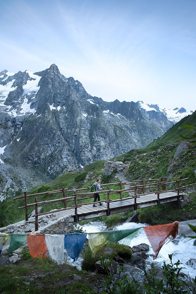 Blogger Bella Bucchiotti of xoxoBella.com shares about hiking the Tour du Mont Blanc with G Adventures. The TMB trek goes through the Alps in France, Italy and Switzerland.