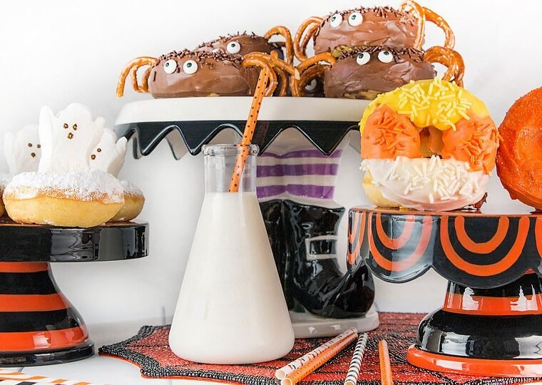 Blogger Bella Bucchiotti of xoxoBella.com shares a recipe for 3 different spooktacular Halloween donuts that are perfect for family, work or school parties!