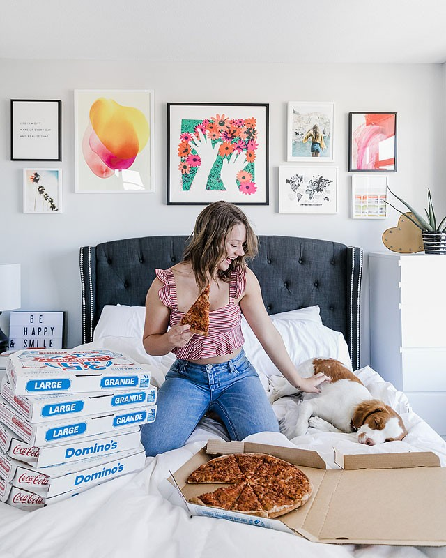 Blogger Bella Bucchiotti of xoxoBella.com shares what you need for your first apartment with pick from Wayfair, Amazon and other favorite retailers.
