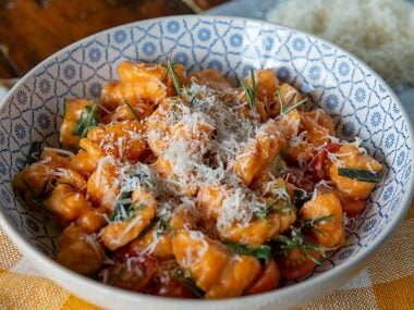 Blogger Bella Bucchiotti of xoxoBella.com shares her recipe for gluten free sweet potato gnocchi. It is perfect for a gluten free and vegan diet.
