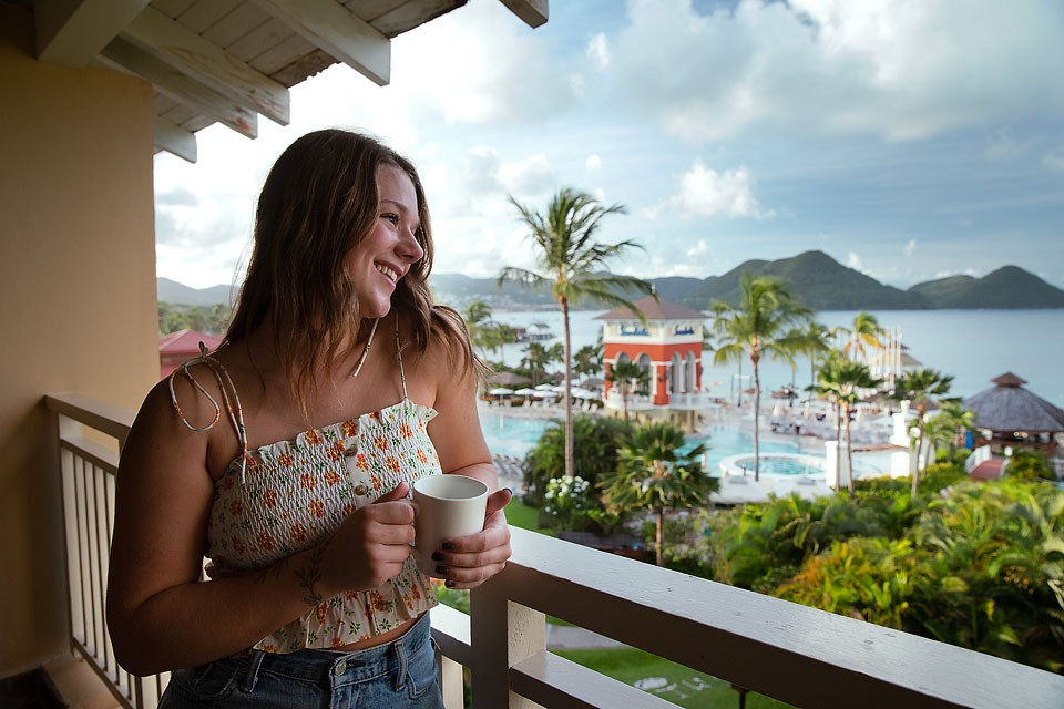 Blogger Bella Bucchiotti of xoxoBella.com shares about her trip St. Lucia sandals grande St Lucian.