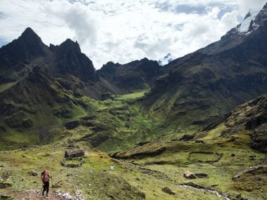 Blogger Bella Bucchiotti of xoxoBella.com shares her hiking adventure of the Lares trek Peru with G Adventures.