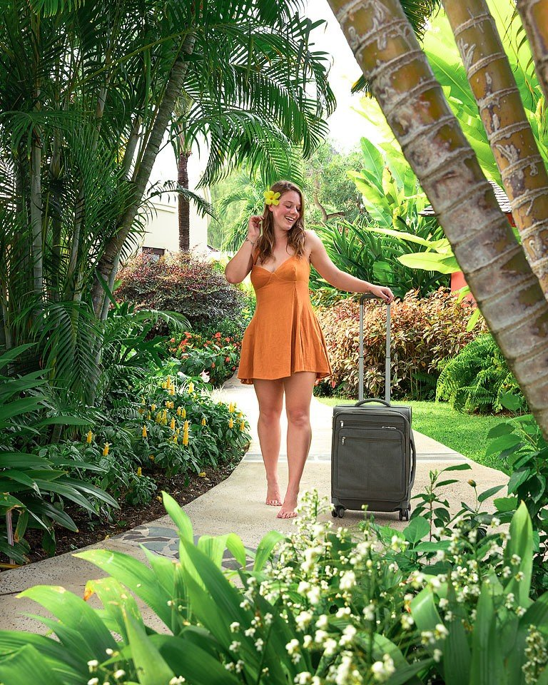 Blogger Bella Bucchiotti of xoxoBella.com shares about her trip to Saint Lucia and her stay at the Sandals Grande St. Lucian. She went on tours off the resort with Island Routes Tours.