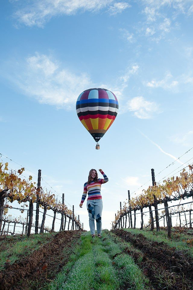 Blogger Bella Bucchiotti of xoxoBella.com shares her southern California road trip. The second stop was in the Temecula Valley where she rode in a hot air balloon, ate great food and tasted lots of wine.
