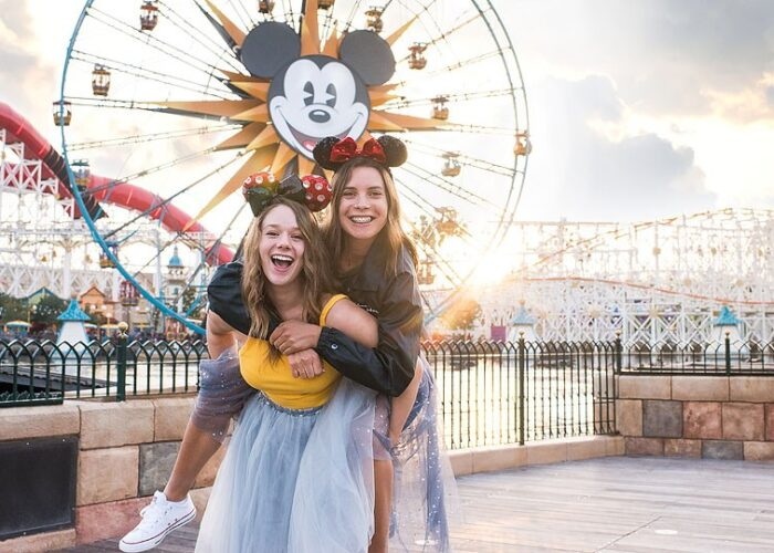 Blogger Bella Bucchiotti of xoxoBella.com shares about her Disneyland trip. The highlight was the new Star Wars: Galaxy's Edge land that just opened in California.