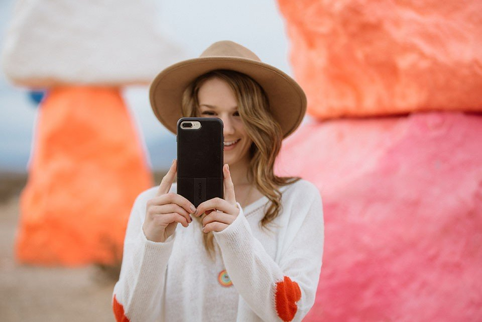 Lifestyle blogger Bella Bucchiotti of xoxoBella.com shares Instagram captions for selfies and puns for selfies to use for captions.