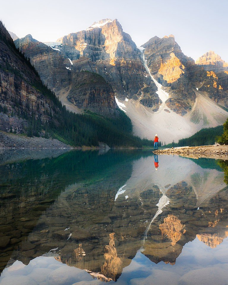 Travel and lifestyle blogger Bella Bucchiotti of xoxoBella.com shares the reason to love Canada. What there is to love about Canada on Canada Day