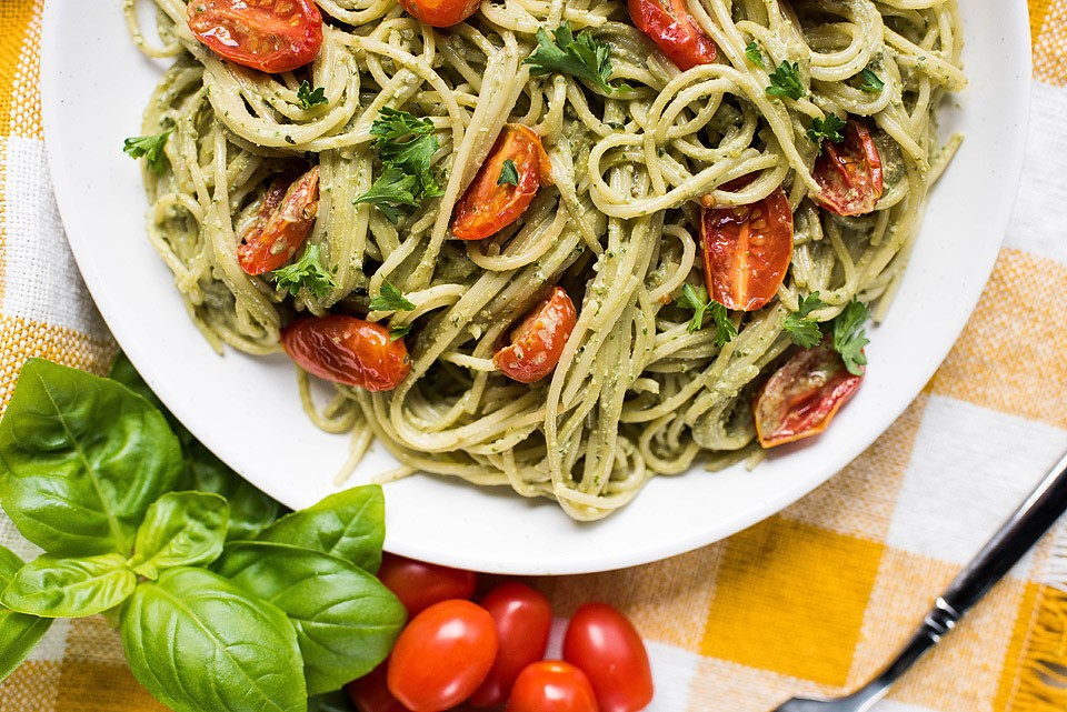 Blogger Bella Bucchiotti of xoxoBella.com shares a recipe for yummy summertime vegan pesto.