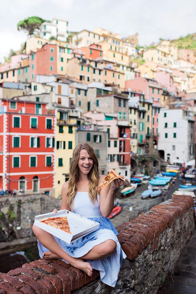Gluten free celiac blogger Bella Bucchiotti of xoxoBella.com shares a guide with tips for gluten free travel and suggestions for travelling as a celiac. Yes, travel with Celiac disease is possible!