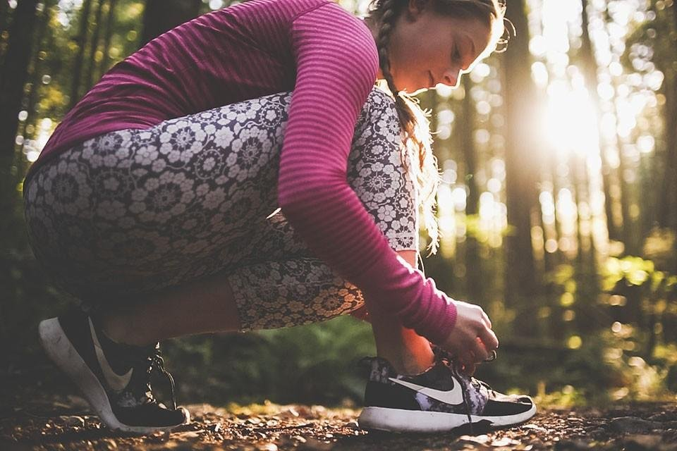 Fitness blogger, Bella Bucchiotti of xoxoBella shares her best tips for how to start running. This is the ideal guide for starting to run or the new runner.