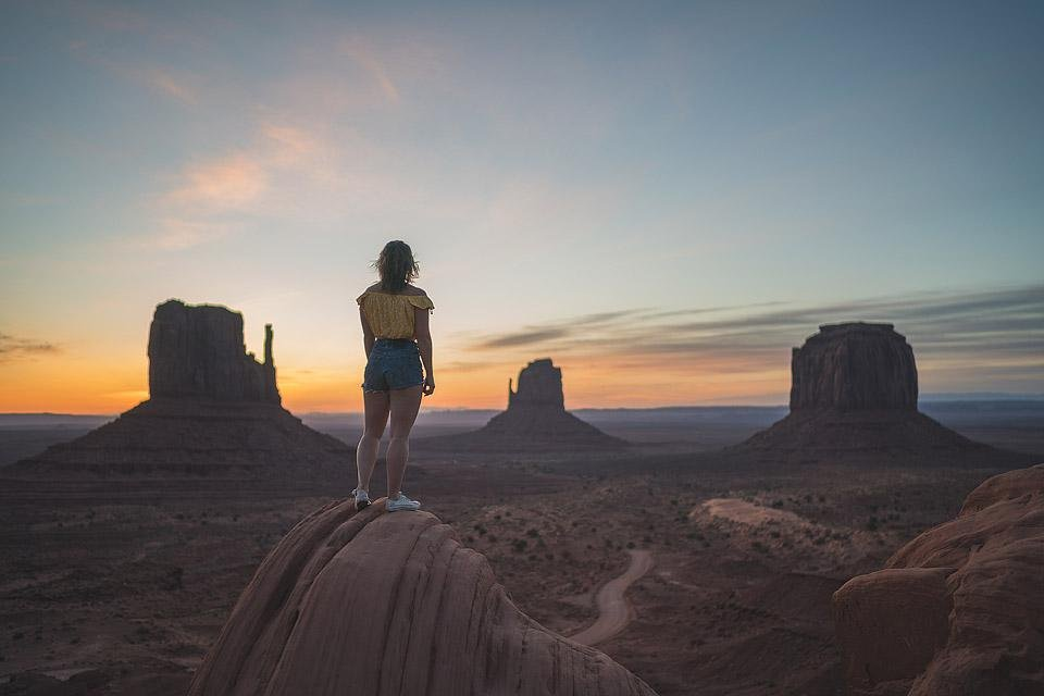 Travel blogger, Bella Bucchiotti of xoxoBella shares about her Moab and Monument Valley Road Trip.