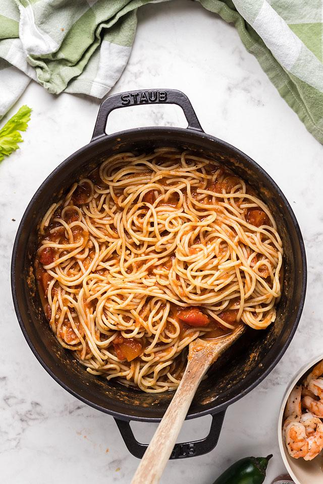 Food blogger, Bella Bucchiotti of xoxoBella, shares a recipe for spicy gluten free shrimp pasta with Bloody Mary vodka sauce. You will love this spicy shrimp pasta.