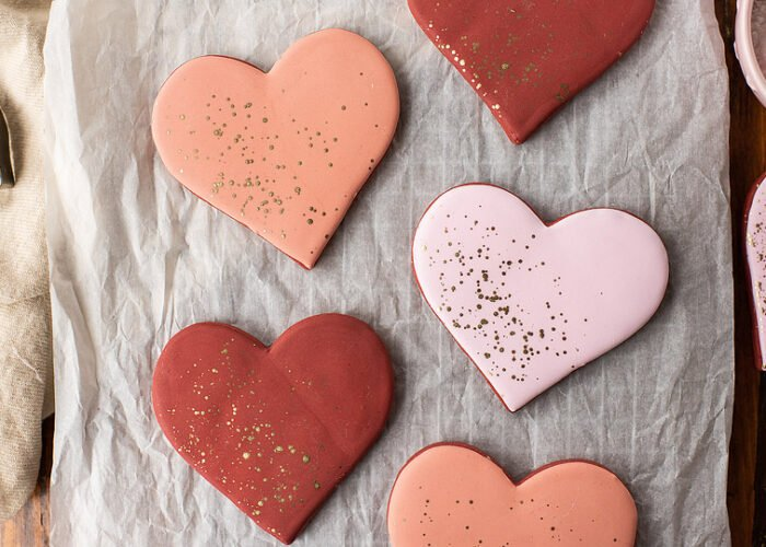 Food blogger, Bella Bucchiotti of xoxoBella shares a recipe for some easy to make red velvet cookies . These red velvet sugar cookies are the perfect Valentine's cookies.