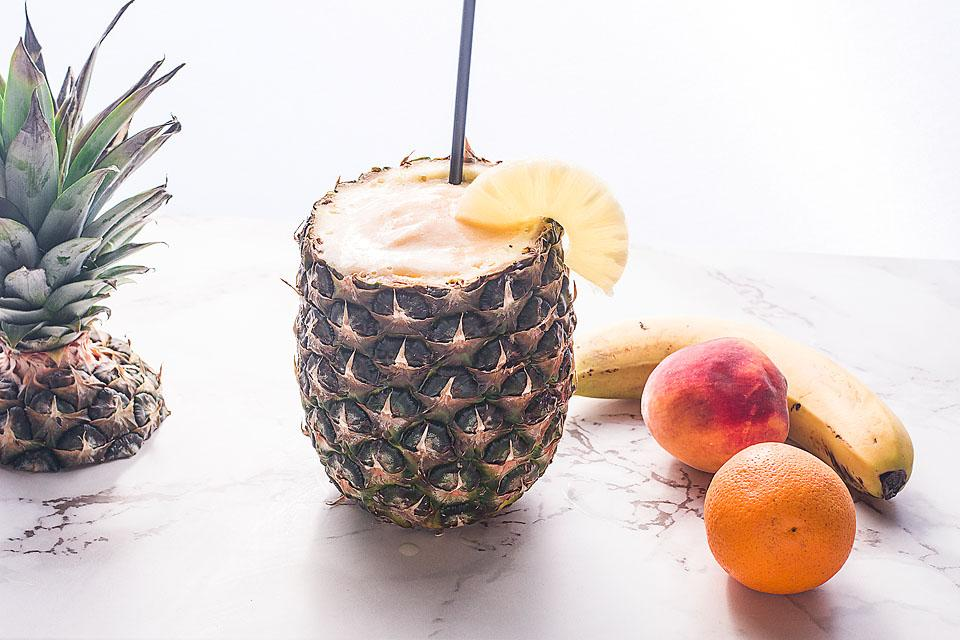 Food blogger, Bella Bucchiotti of xoxoBella, shares a recipe for a fresh pineapple peach smoothie. You will love this tasty vegan smoothie!