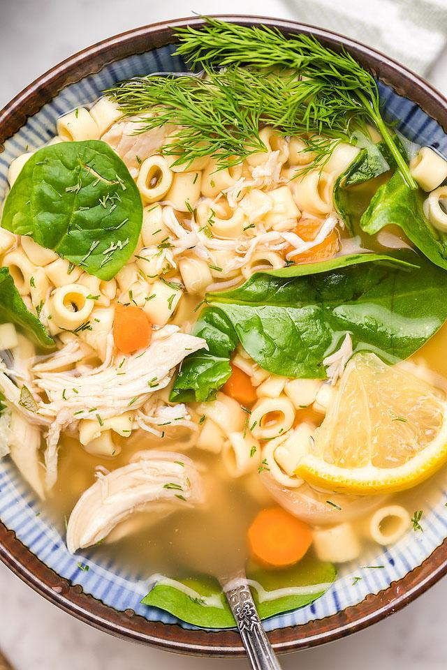 Food blogger, Bella Bucchiotti of xoxoBella, shares a recipe for authentic Greek lemon chicken soup. It is so easy to make this slow cooker soup! If you are looking for a recipe for chicken Avgolemono soup, this is one to try!