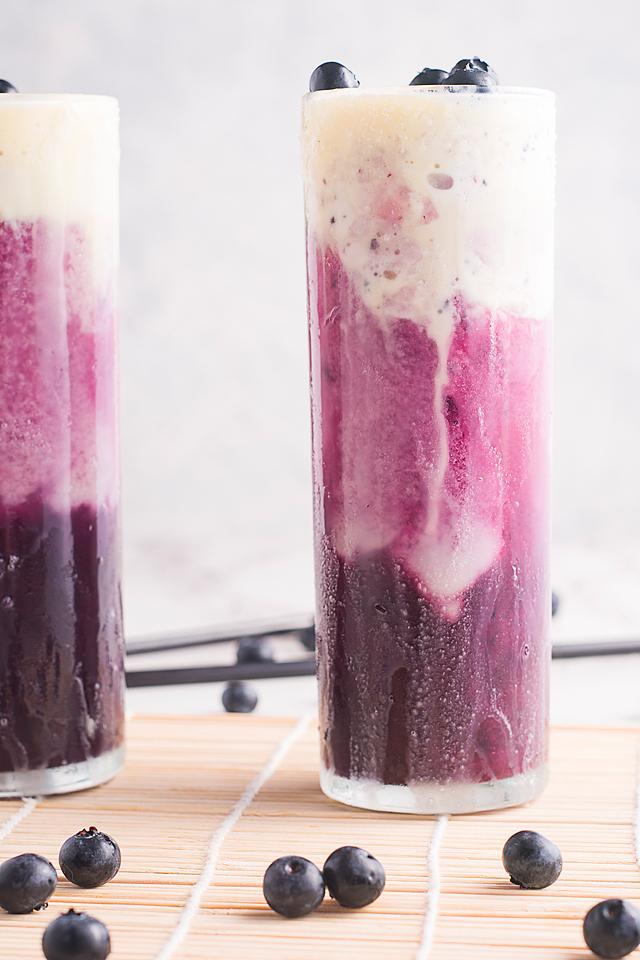 Food blogger, Bella Bucchiotti of xoxoBella, shares a sparkling blueberry ice cream float recipe.