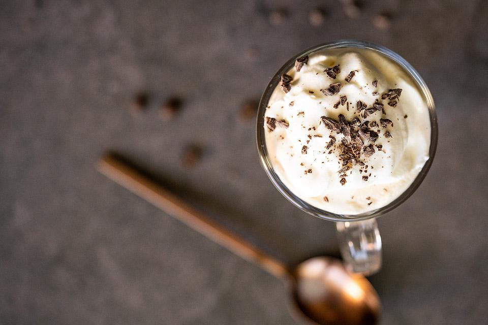 Food blogger, Bella Bucchiotti of xoxoBella, shares a recipe for Irish Cream coffee. This alcoholic coffee drink is so easy to make.