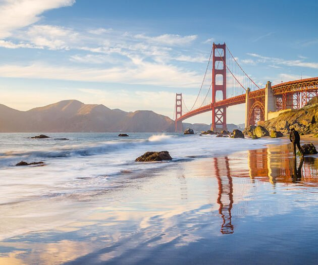 Travel blogger, Bella Bucchiotti of xoxoBella, shares the best virtual tours in San Francisco. It is a great way to see San Francisco attractions online. Get started planning an online trip to San Francisco!