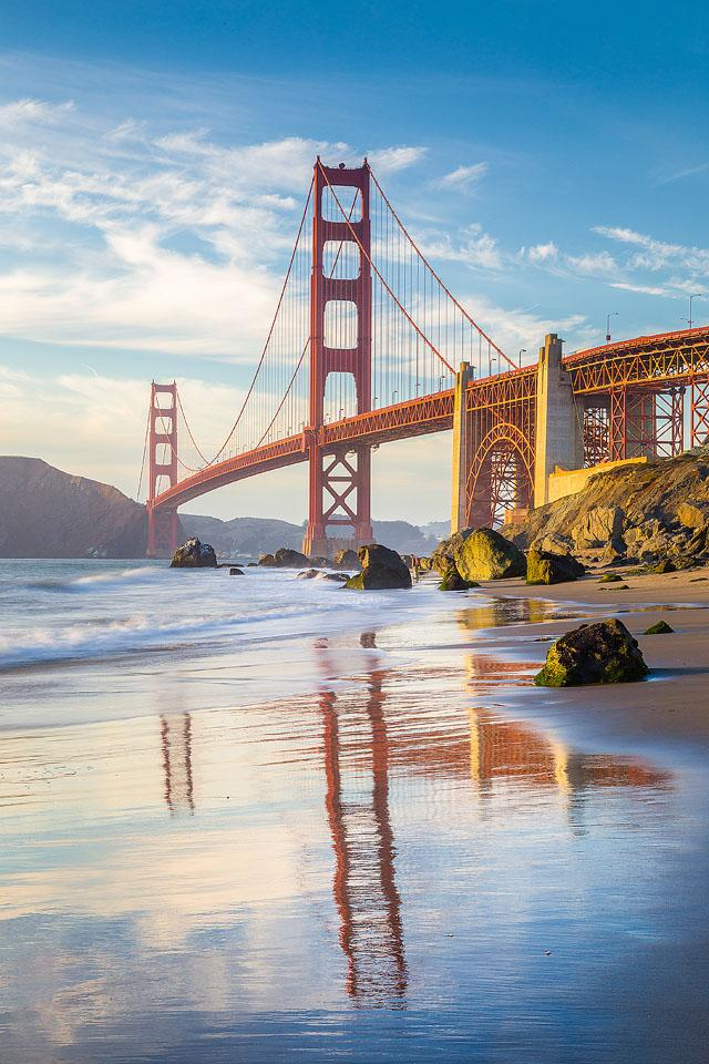Travel blogger, Bella Bucchiotti of xoxoBella, shares the best virtual tours in San Francisco.