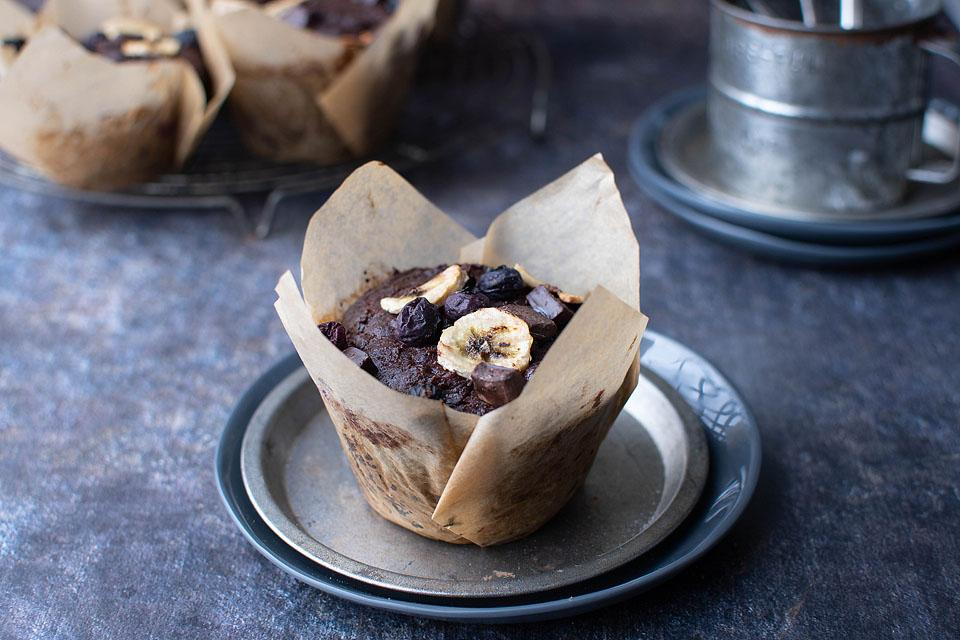 Food blogger, Bella Bucchiotti of xoxoBella, shares a recipe for blueberry banana muffins. This is one of my favourite gluten free muffin recipes.