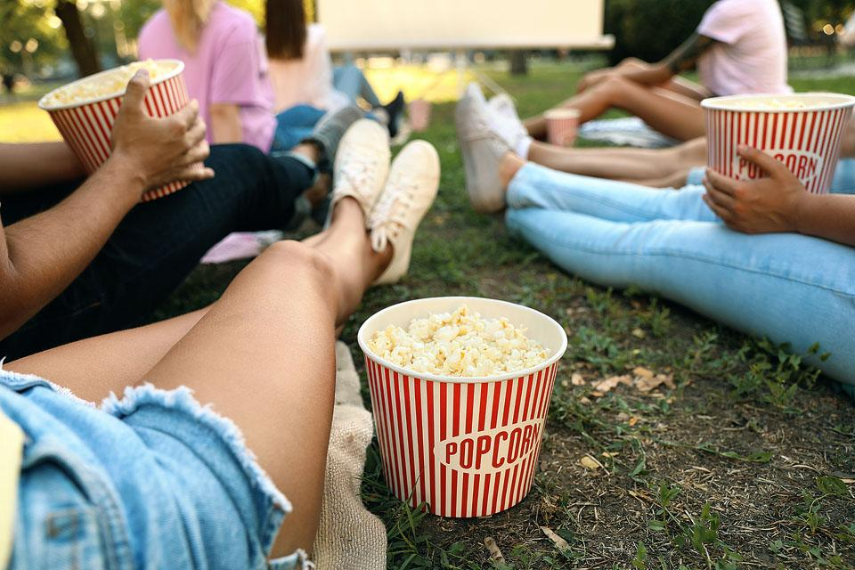 Lifestyle blogger, Bella Bucchiotti of xoxoBella, shares the best spring bucket list. You will love this list of things to do in spring!