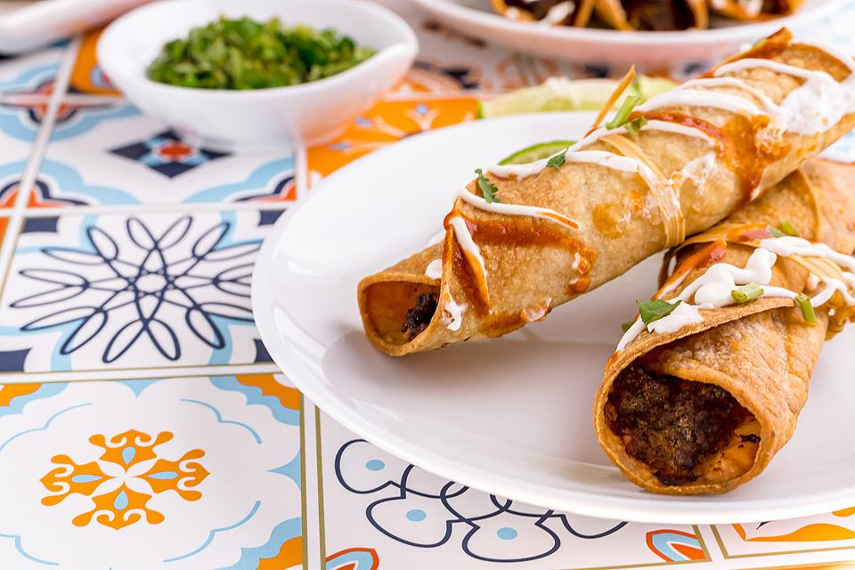 Food blogger, Bella Bucchiotti of xoxoBella, shares an easy air fryer gluten free beef taquitos recipe. It is a favourite and the best air fryer recipe.