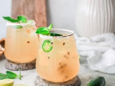 Food blogger, Bella Bucchiotti of xoxoBella, shares a passion fruit lime margarita recipe. You will love this fresh fruit margarita.