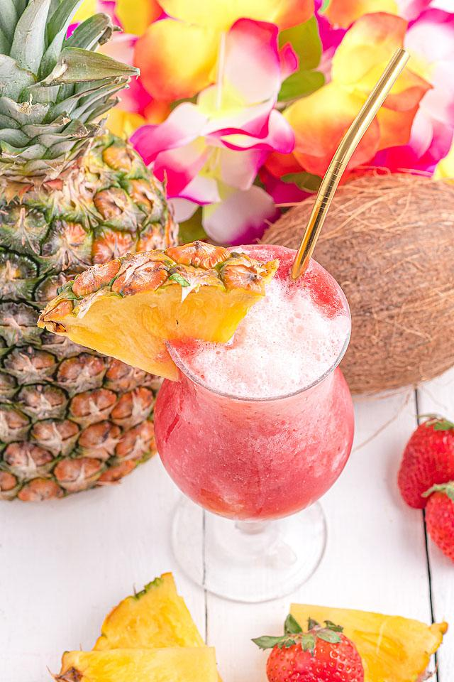 Food blogger, Bella Bucchiotti of xoxoBella, shares a Hawaiian lava flow cocktail recipe. You will love this cocktail with cream of coconut.
